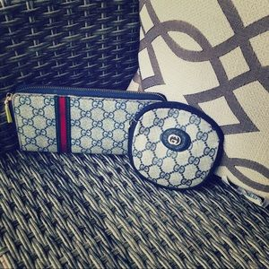 Gucci wallet/ coin holder